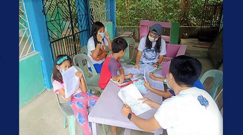 An Iloilo mayor, and ex-teacher, shows how learning can continue amid pandemic